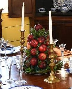 Colonial Christmas Apple Pyramid