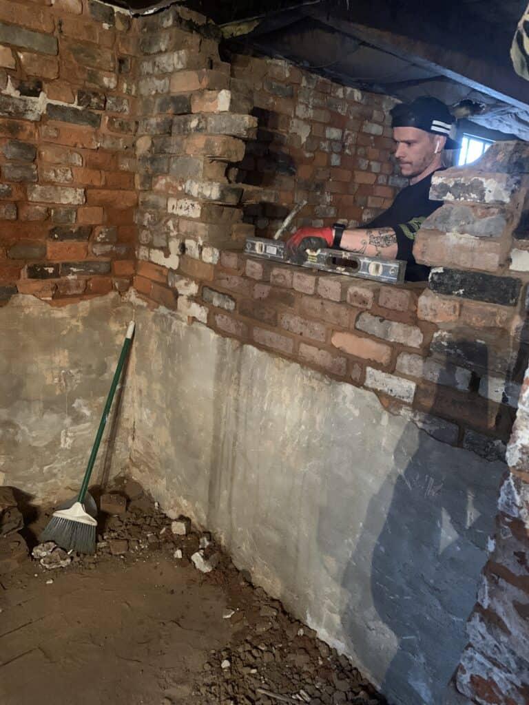 Leveling Brick